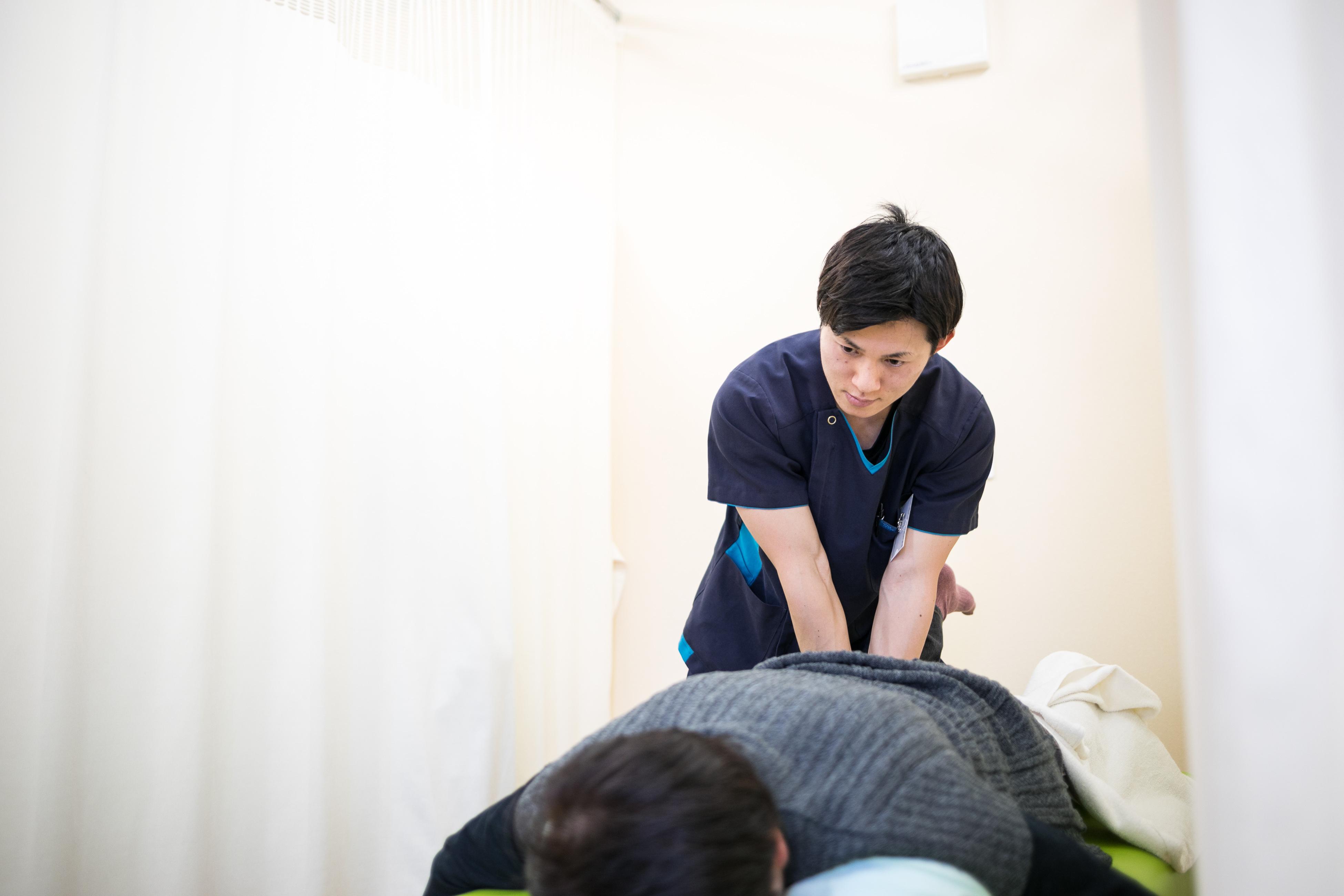 腰痛が治らない・悪化する理由|げんじろう針灸接骨院