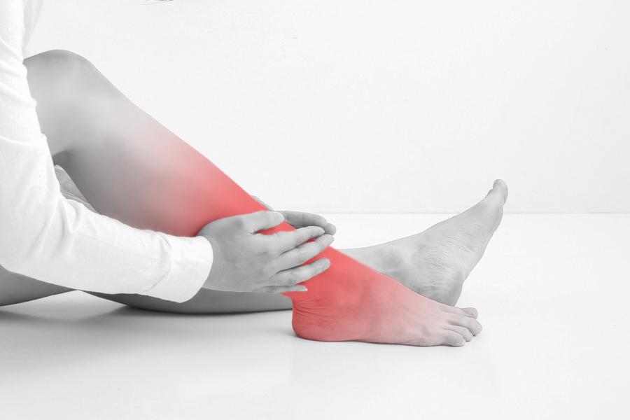 足関節捻挫はなぜ起こる?